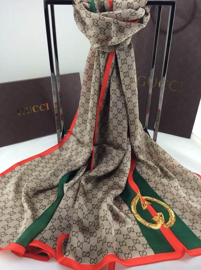75c8c9aa52cbb Echarpe Gucci Femme,Echarpe Gucci pas cher,Echarpe Gucci promo