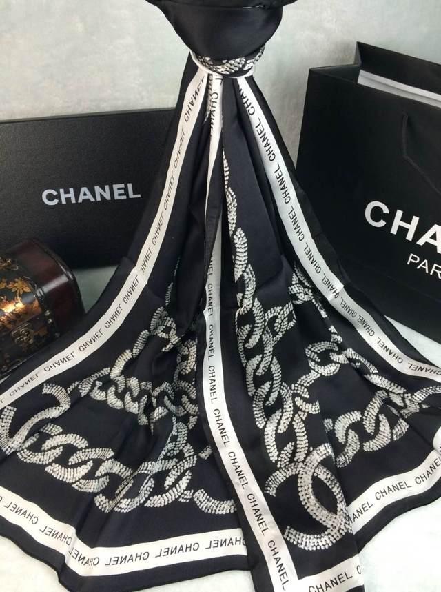 Achetez élégant echarpe chanel pas cher pas cher Violet Baskets ... 3fbf190ff16